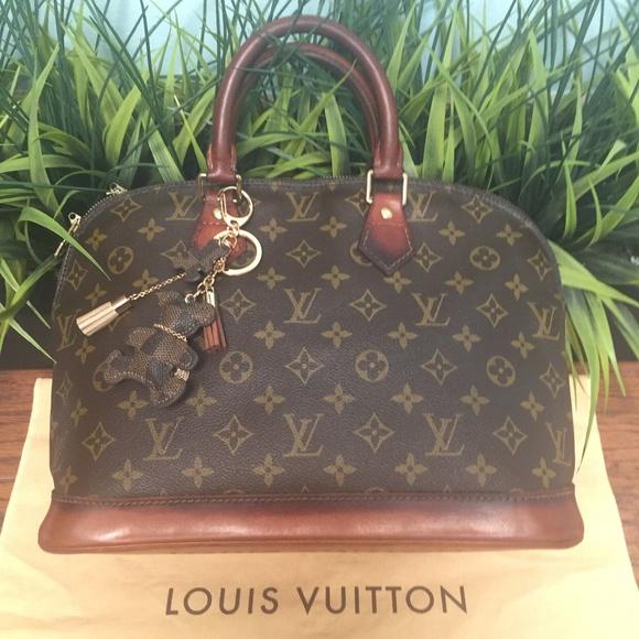f541c4de37d6f Louis Vuitton Handbags - Authentic LOUIS VUITTON Alma Hand Bag M51130